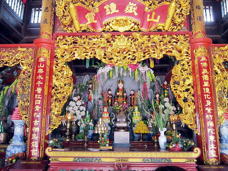Shrine of Princes Liễu Hạnh, Religion in Vietnam