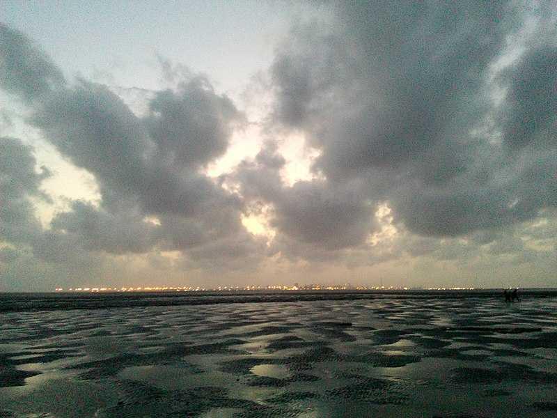 Dumas Beach Surat - The Haunted Beach of Gujarat