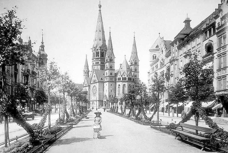 Kaiser Wilhelm Memorial Church, Berlin in 1906