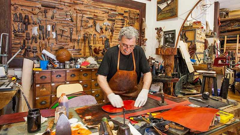 handicraft making, poble espanyol