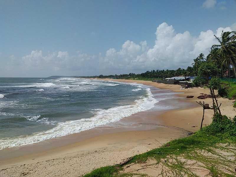 Parasailing in Goa, Sinquerim Beach