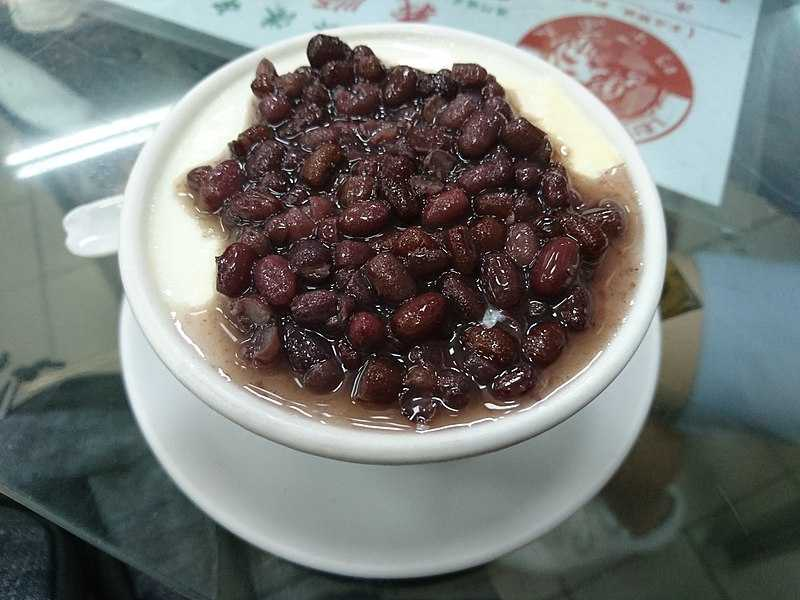 Steamed Milk Pudding with Red Beans