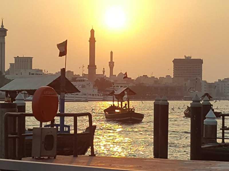 Sunrise from hot air balloons, Dubai