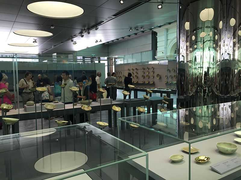 Tang Shipwreck Gallery at Asian Civilisations Museum Singapore
