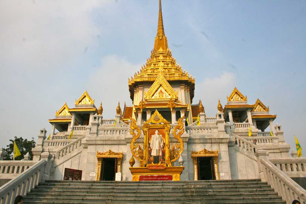 Wat Traimit, Temple of the Golden Buddha in Chinatown Bangkok