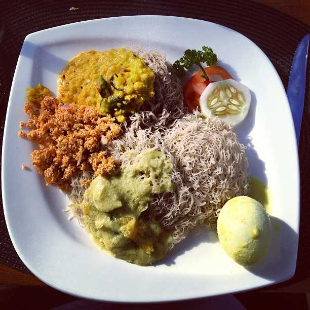 String hoppers, Food in Colombo