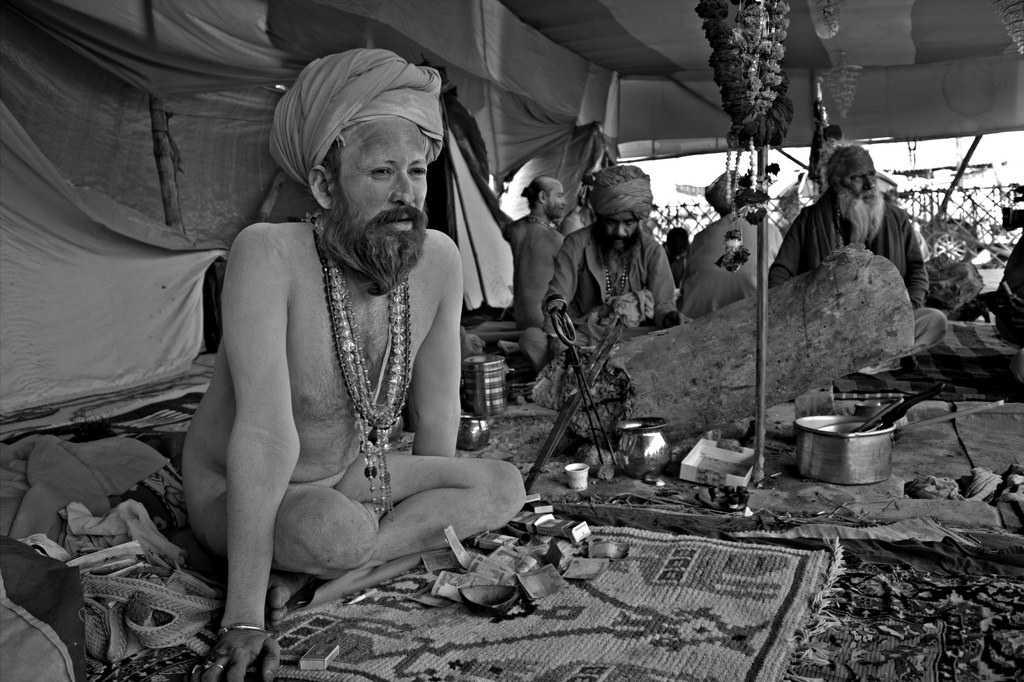 Sadhus and Akharas