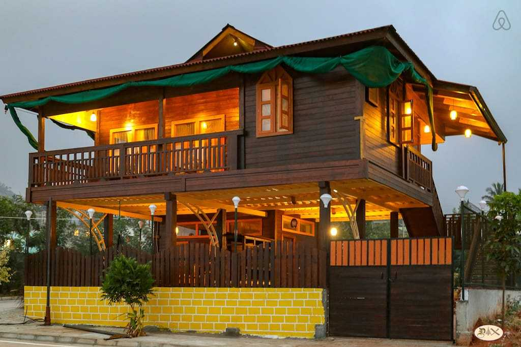 Wooden Cottage villa