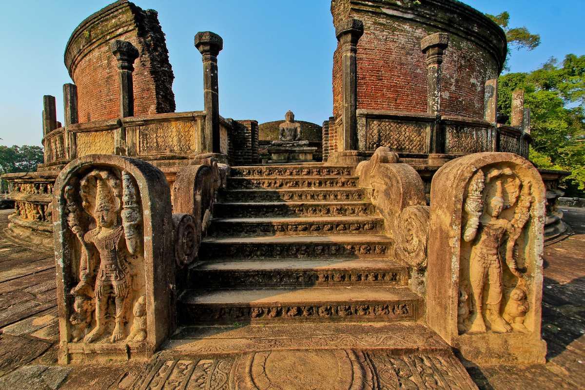 Polonnaruwa, History of Sri Lanka