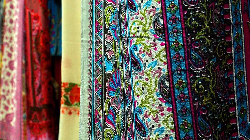 Handicrafts of India, Pashmina Shawls