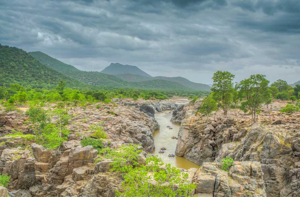 Hogenakkal in Monsoon