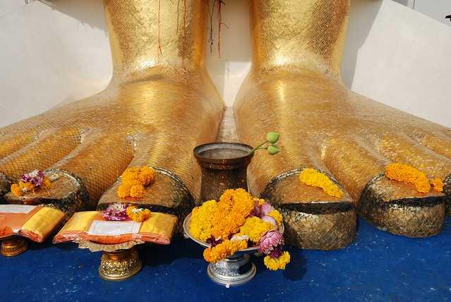 Prayer Hall at Wat Intharawihan