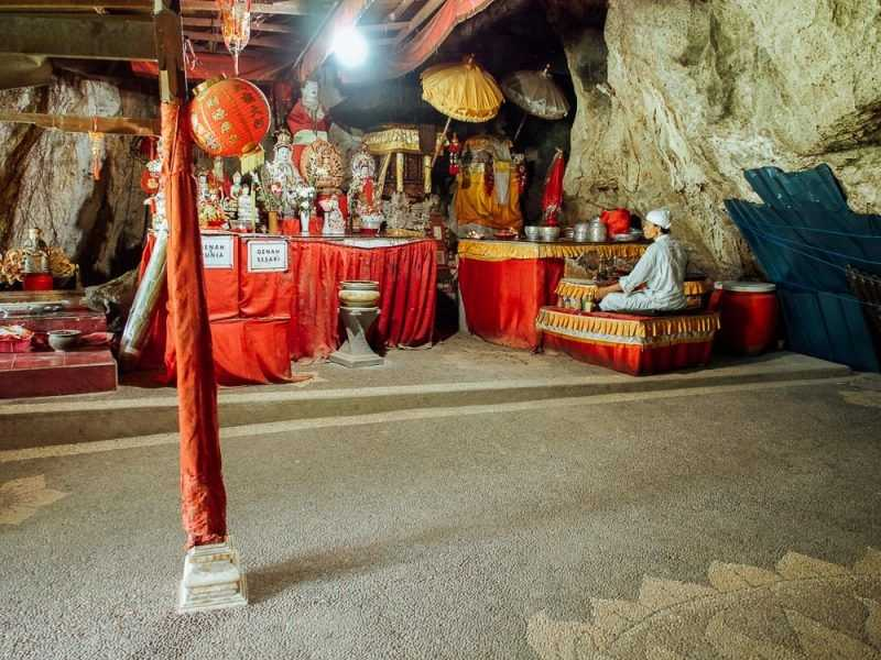 Goa Giri Putri Temple Nusa Penida Bali