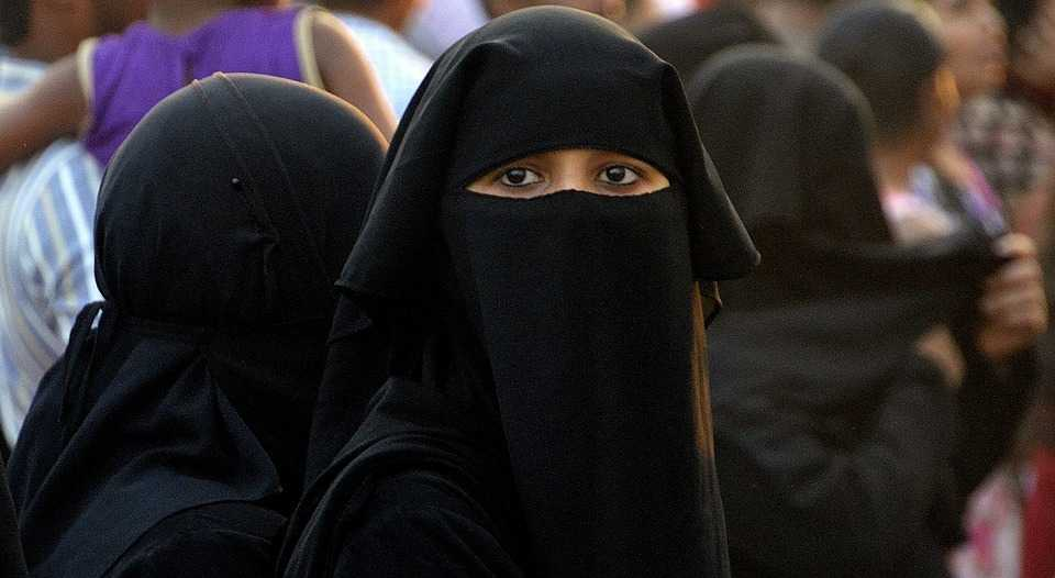 omano burqa - attire for women