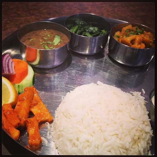 Traditional Nepali Thaali, Food in Darjeeling