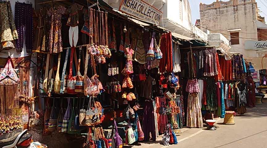 Street Shopping in Pushkar