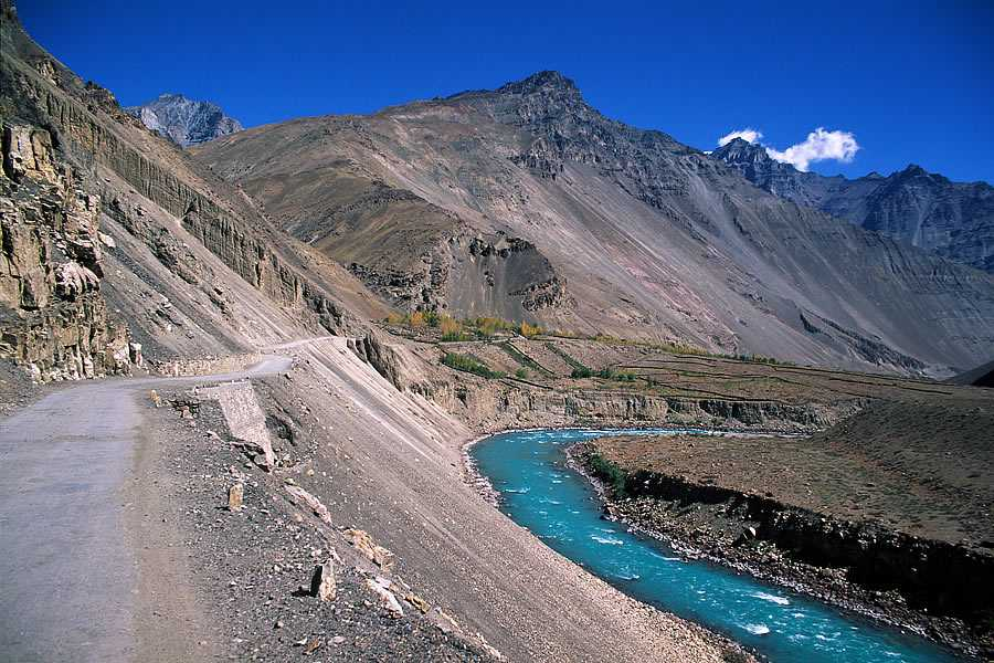 A view of mountains and Spiti river in himachal pradesh