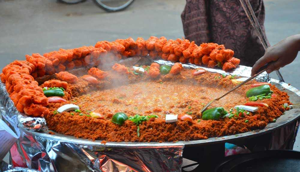 Street Food Of Agra: 10 Local Dishes That You Must Try!