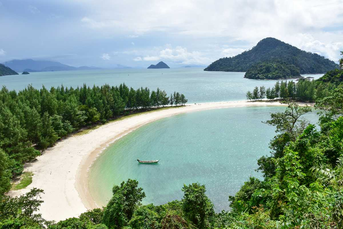 Aow Kao Kwai, Landscapes of Thailand