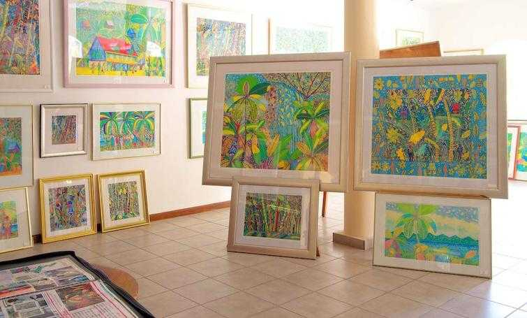 Art gallery, Shopping in Mahe