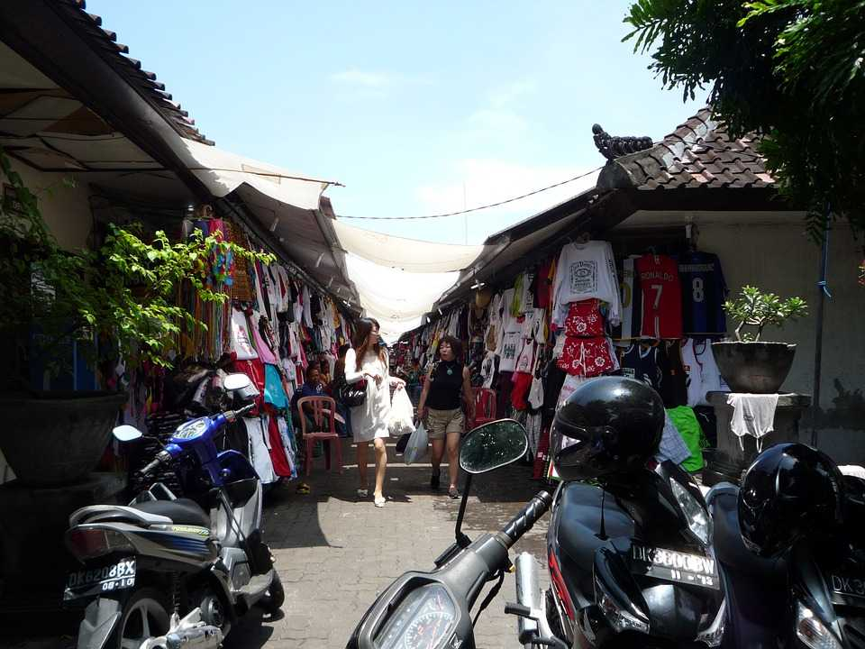 Honeymoon in Bali, Shopping in Bali