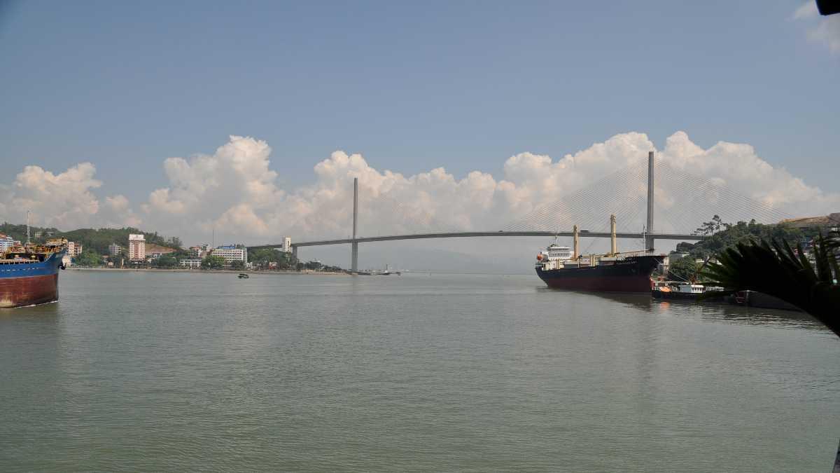 Bai hai bridge, Haling bay