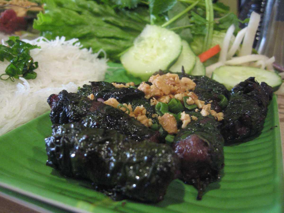 street food vietnam, bo la lot