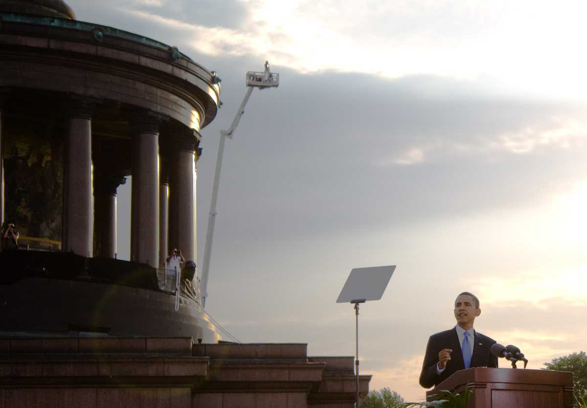 Barack Obama delivering his speech at the Victory Column, Berlin on 24 July, 2008