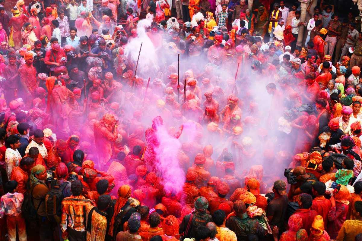 Holi, Festivals in India