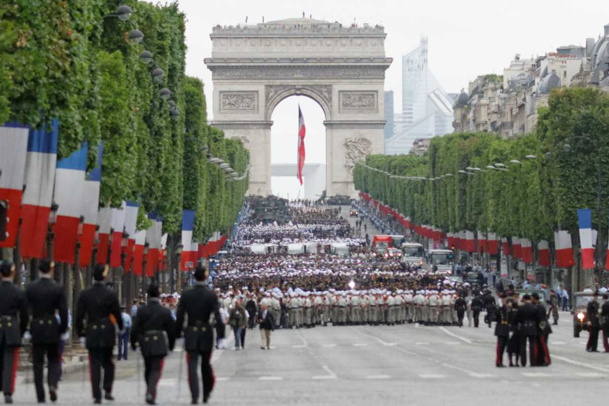 Bastille Day Military Parade, Arc de Triomphe