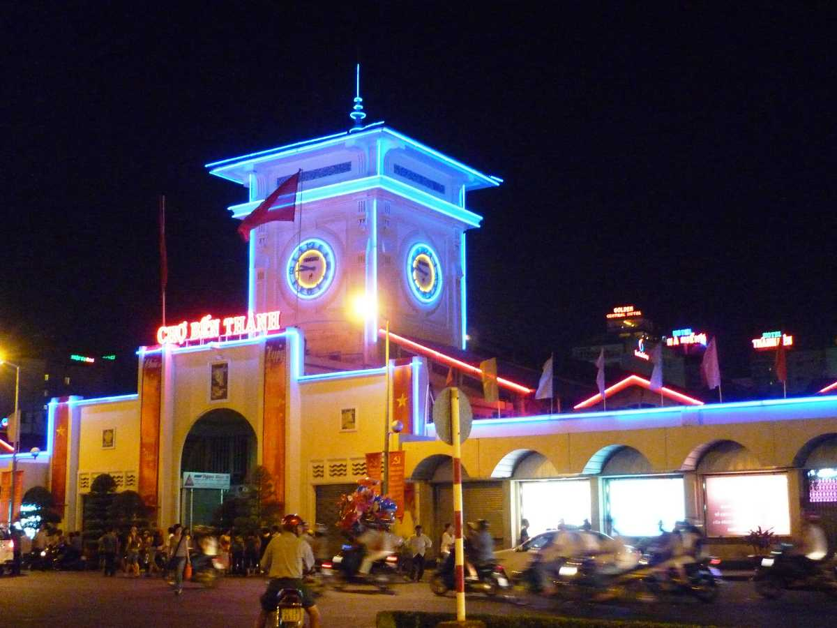 Ben Thanh Market, Ho Chi Minh Nightlife, Shopping in Ho Chi Minh City