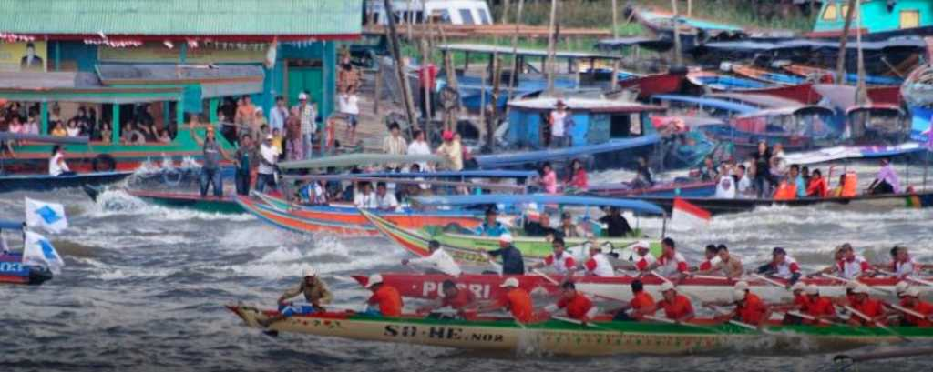 Bidar Boat Race Festival in Indonesia