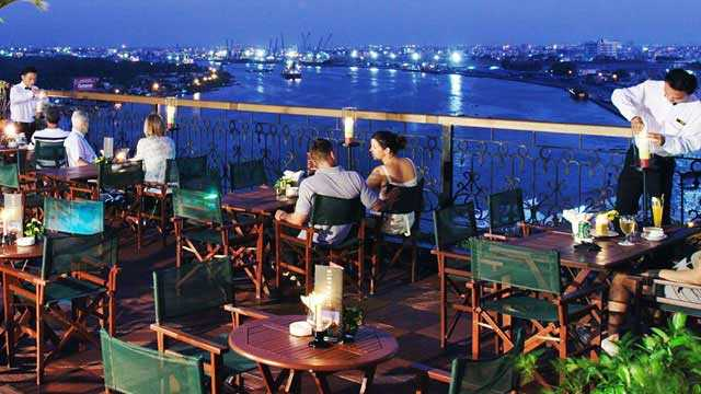 Breeze Skybar, Nightlife in Ho Chi Minh District 1, Rooftop Bars Saigon