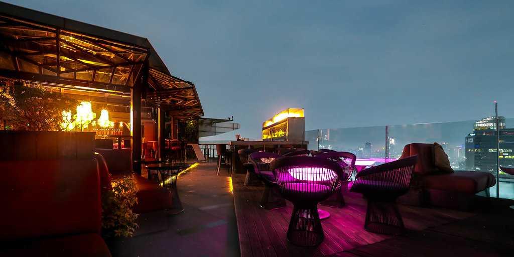 Cloud Lounge, Rooftop Bars in Jakarta, Nightlife