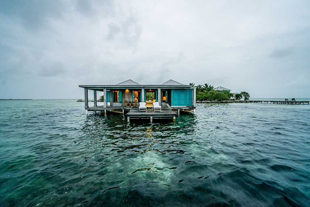 Overwater bungalows in Jamaica, top 10 overwater bungalows in the world