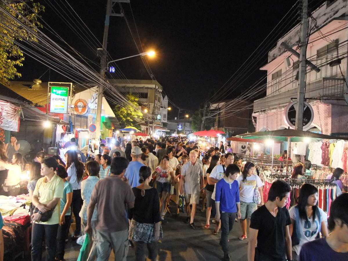 Saturday Walking Market, Night Markets in Chiang Mai