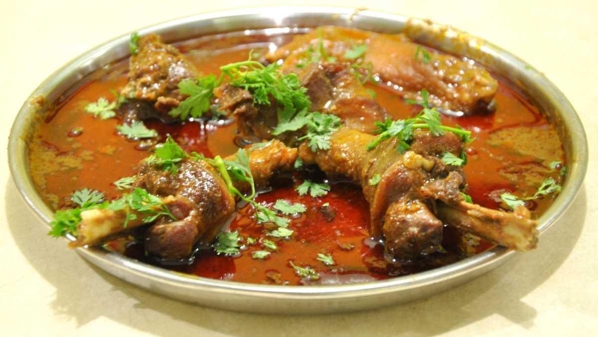 street food in nagpur, saoji food nagpur