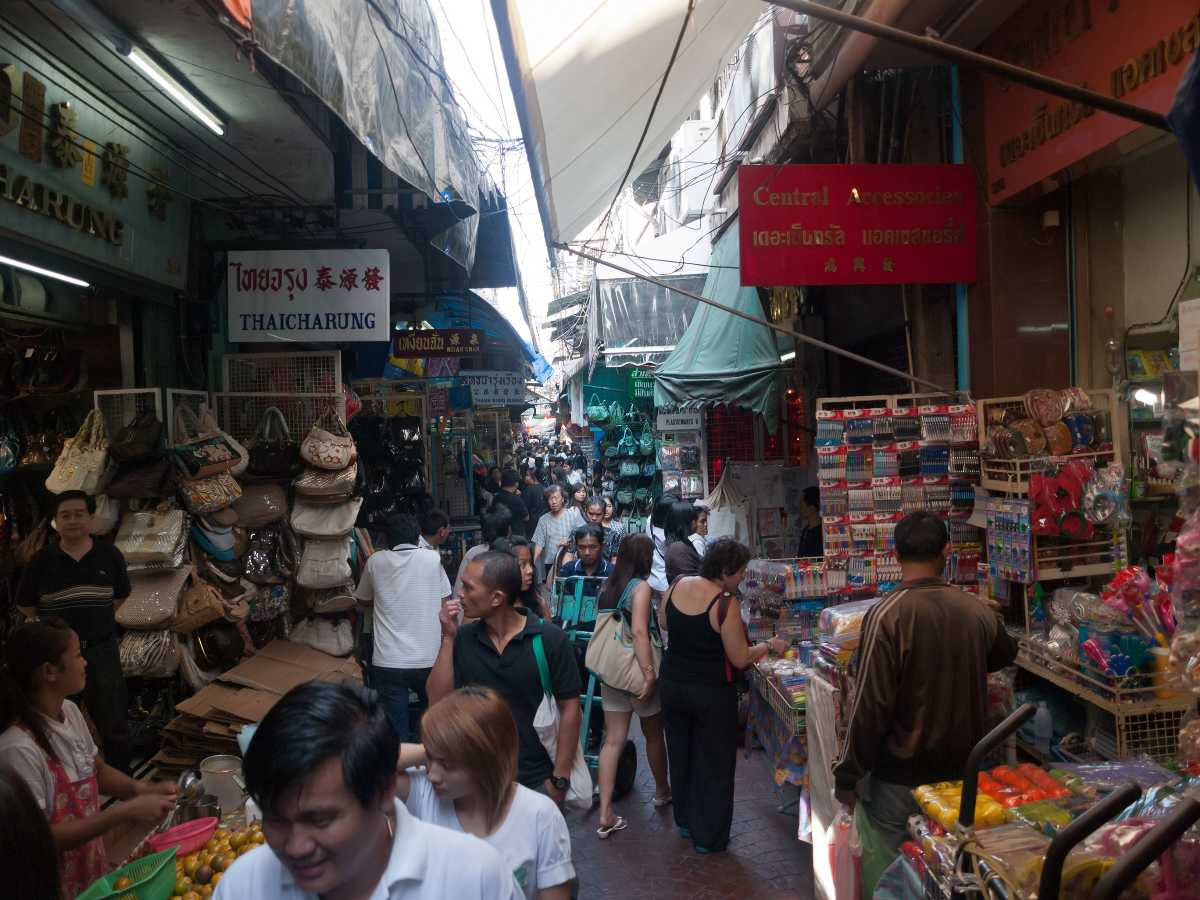 Alley Market in Chinatown Bangkok