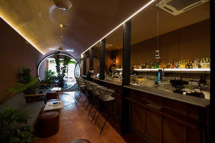 Coley Bar, Bars in Malaysia