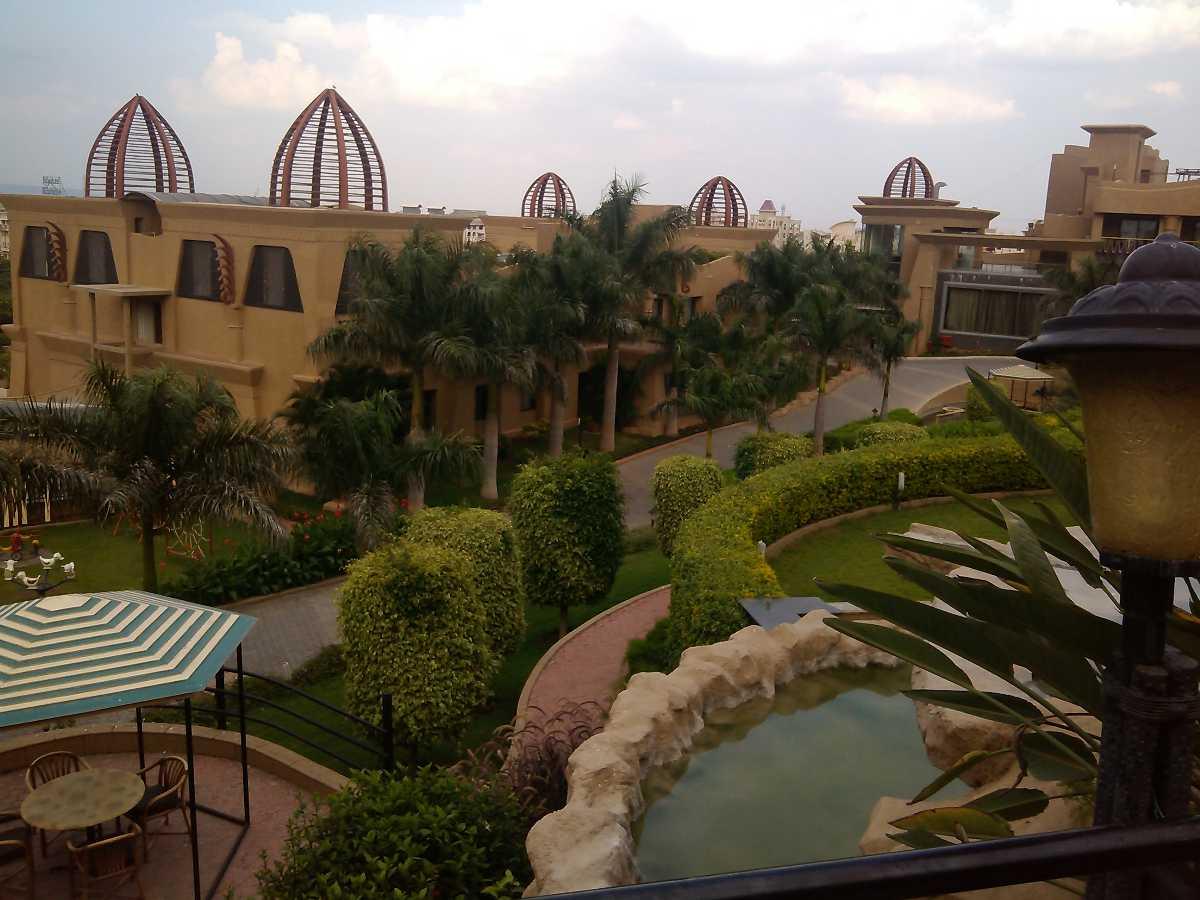 The Corinthians, Resorts near Pune