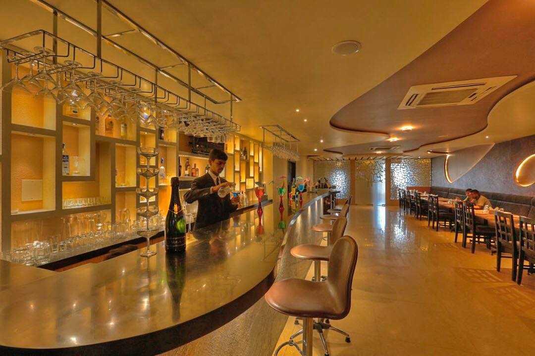 Cosmos Resto Bar