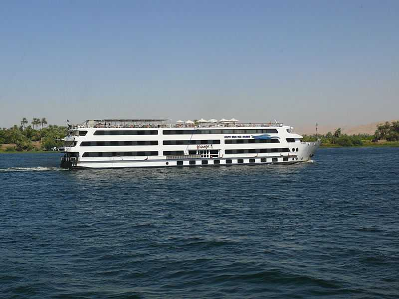 Luxury cruise ride through the Nile River, Most Luxurious Experiences around the World