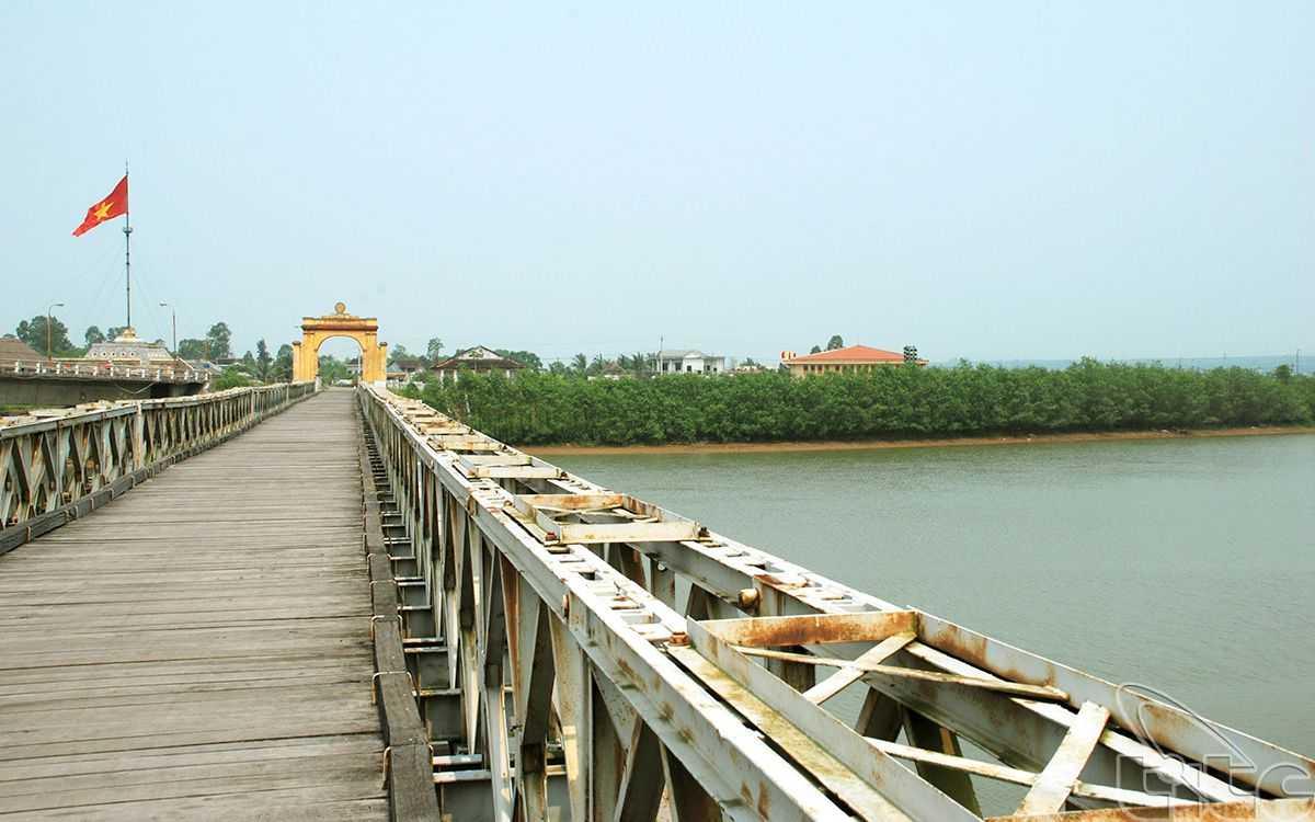 Ben Hai River near Dong Ha Vietnam