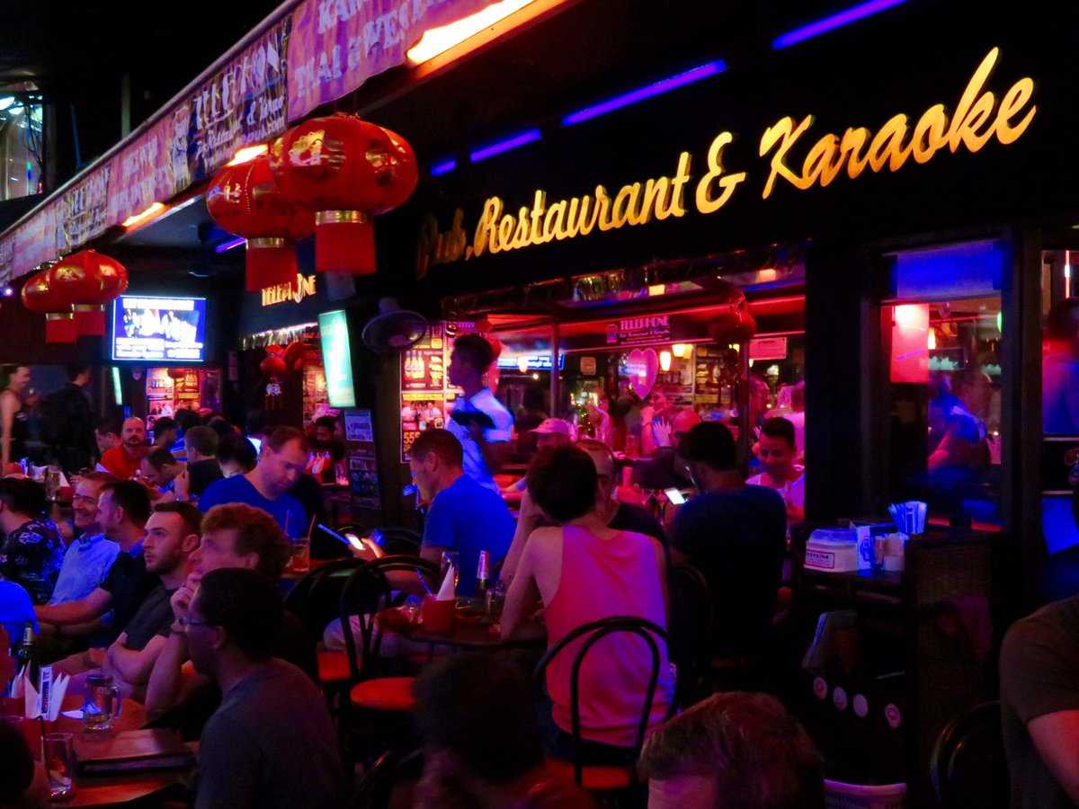 Telephone Pub, Gay Bars In Bangkok