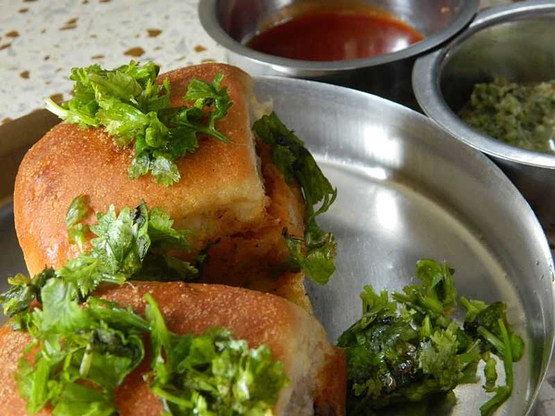 Dabeli by Shankar - Street food in Udaipur