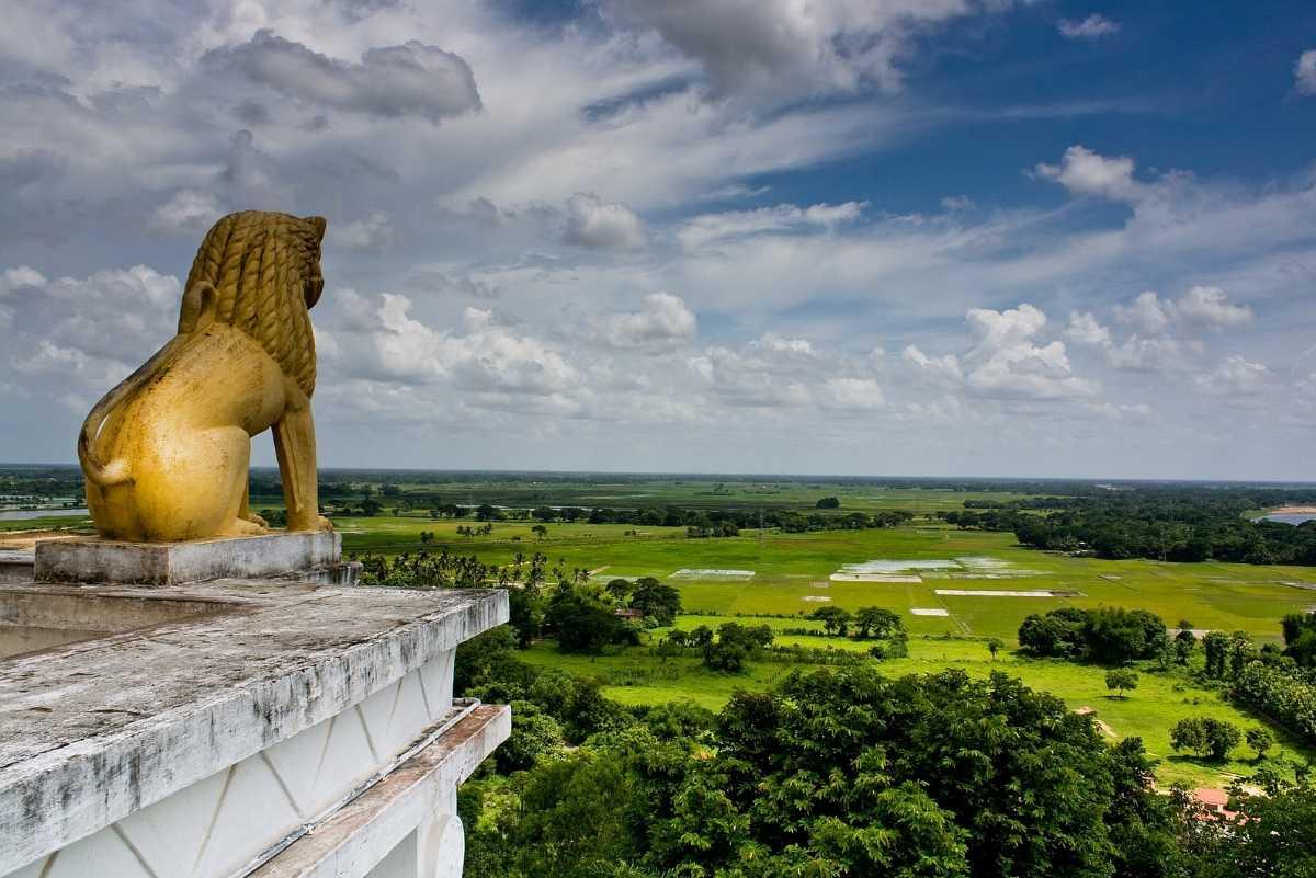 Dhauli Giri Lion King Bhubaneswar Orissa