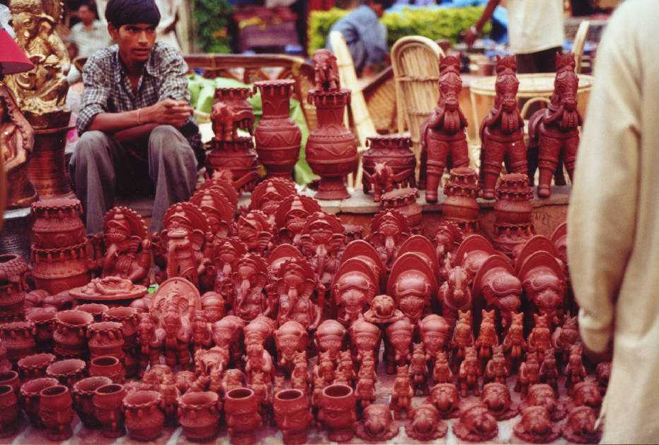 Dilli Haat, Cheapest Places to Shop in Delhi