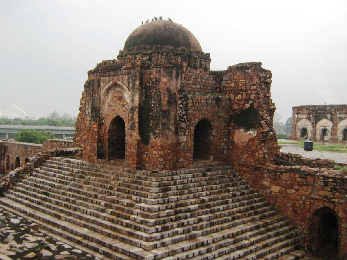 Feroz Shah Kotla, Delhi, Haunted Places in India