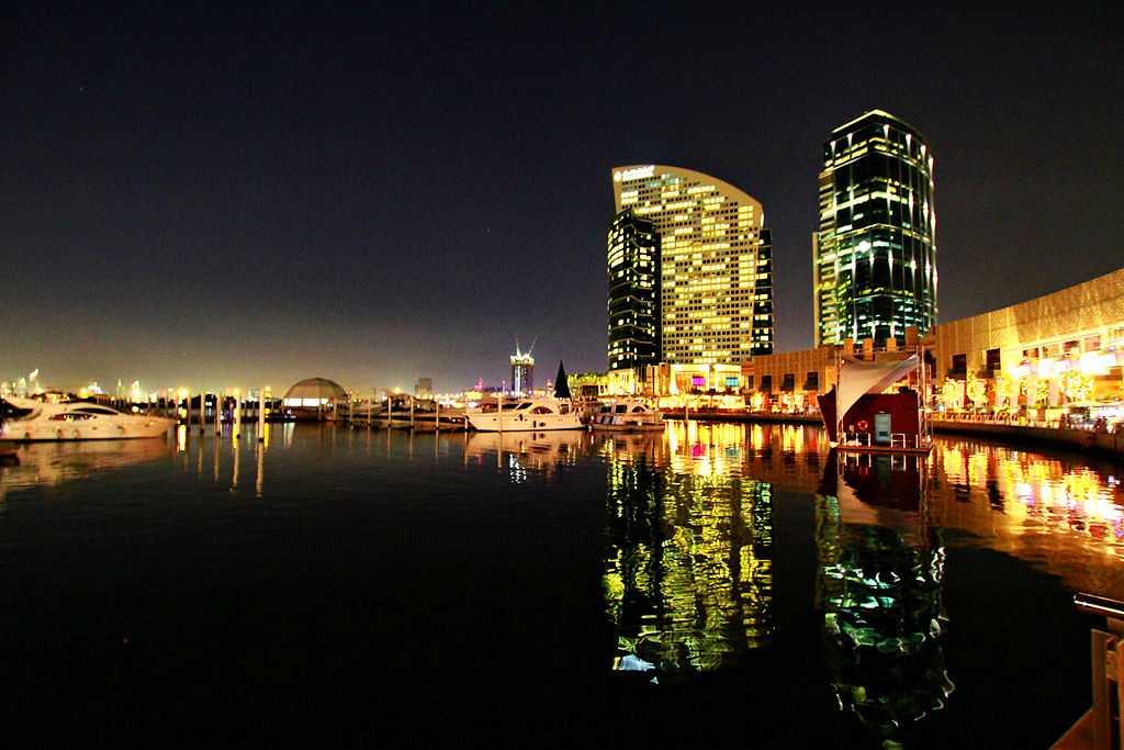 Dubai Festival City, Shopping in dubai