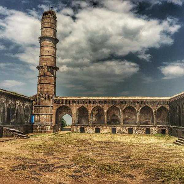 Haunted Places In India Hyderabad: History, Haunted Fort, Timings